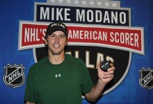 Mike Modano inducted into USA Hockey Hall of Fame